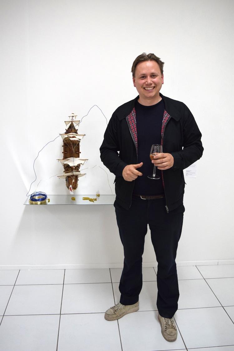 David Jablonowski naast een David Jablonowski, Galerie Fons Welters