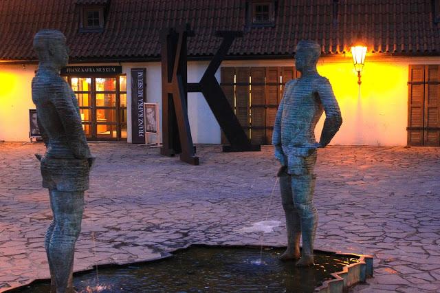 Peeing men, David Cerny, Tsjechie
