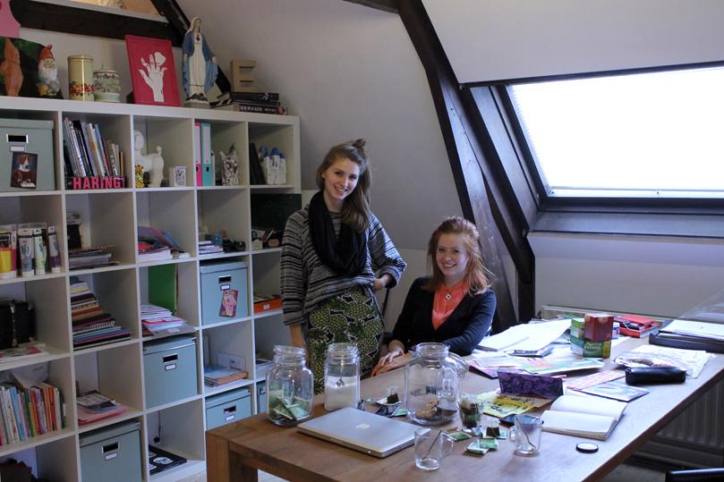 Stalinki Zusters in hun atelier